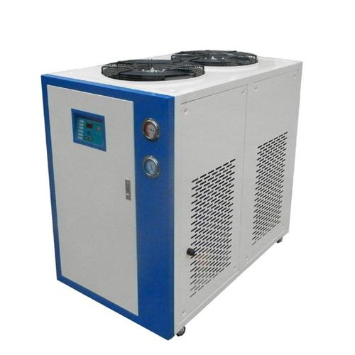 工业冷油机的清洗工作是怎样进行的?