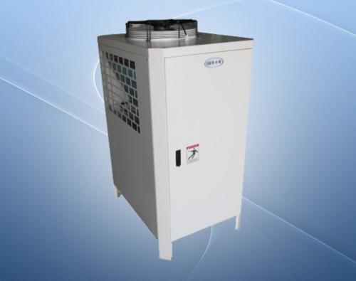 如何解决低温冷油机回气口的起霜问题?