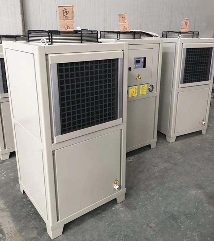冷油机系统中的制冷剂应该具有哪些性质?