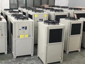 乙二醇油冷机设备的工作原理