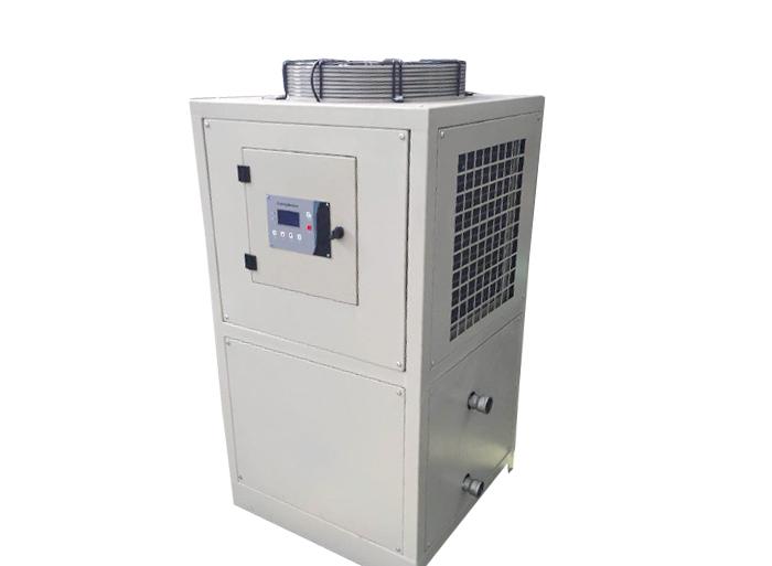 水冷式冷油机与风冷式冷油机的制冷原理有哪些区别?